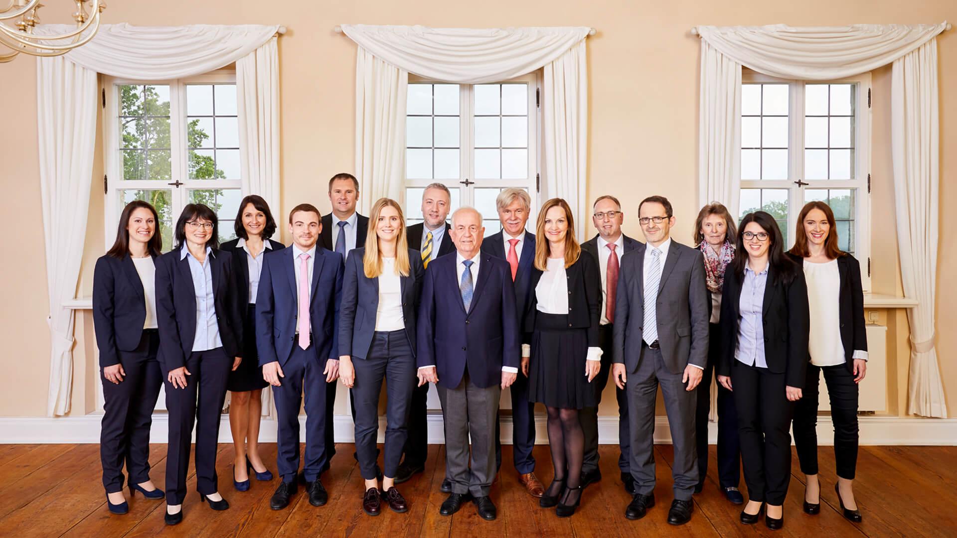 44 Mitarbeiter in Erlangen und 19 Mitarbeiter in Forchheim